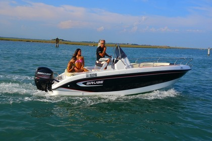 Charter Motorboat Brube Point Beach Cortellazzo