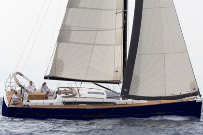Hire Sailboat DUFOUR 520 GL Primošten