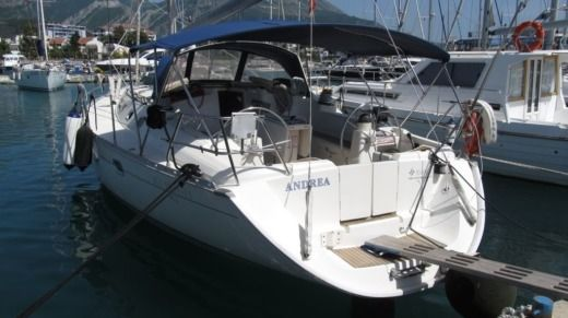 Jeanneau Sun Odyssey 45.1 in Bar peer-to-peer