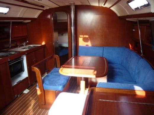 DUFOUR 385 GRAND LARGE in Les Sables-d'Olonne peer-to-peer