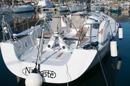Rental Sailboat Comet 41S Fezzano