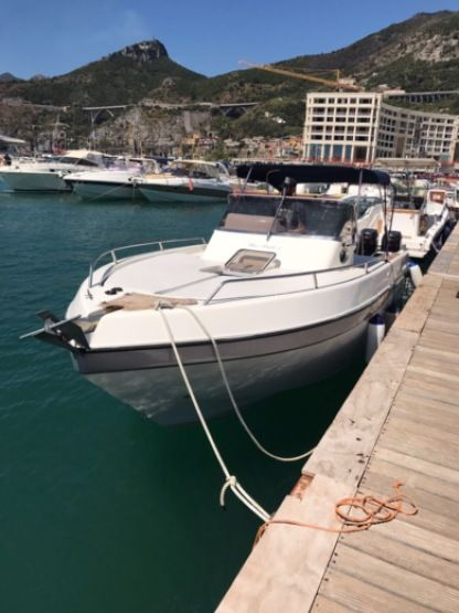 Rental Motorboat Mano Marine 24.50 Salerno
