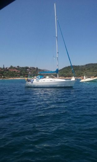 Bavaria 37 Cruiser in Pasada peer-to-peer