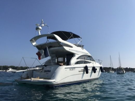 Princess 42 a Cannes tra privati