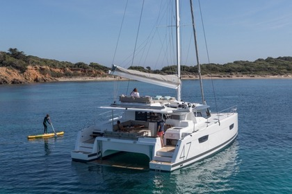 Hire Catamaran Fountaine- Pajot  Saona 47 Trogir