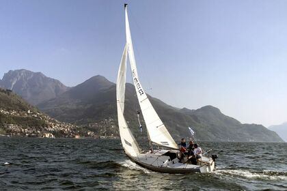 Rental Sailboat J BOATS J 24 Dervio