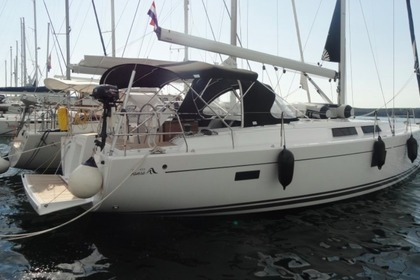 Hire Sailboat Hanse Yachting 455 Pula