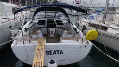 Charter Sailboat Hanse 455 Medulin