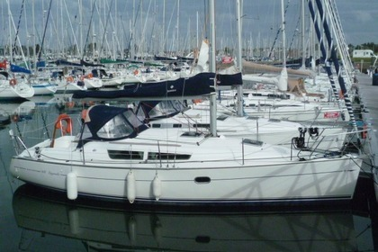 Hire Sailboat Jeanneau Sun Fast 32 Arzon