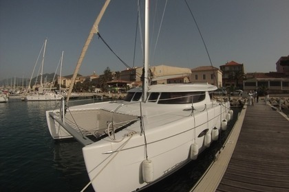 Location Catamaran FOUNTAINE PAJOT LIPARI 41 Propriano
