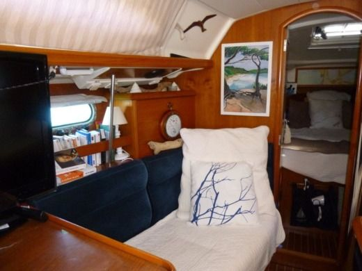 Sailboat Jeanneau Sun Odyssey for hire