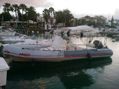 Location Semi-rigide Jocker Boat Clubman 24' Le Gosier
