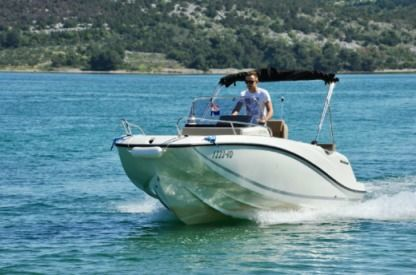 Rental Motorboat Quicksilver 605 Šibenik