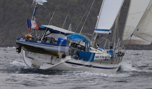 Sailboat Beneteau Oceanis 510 peer-to-peer