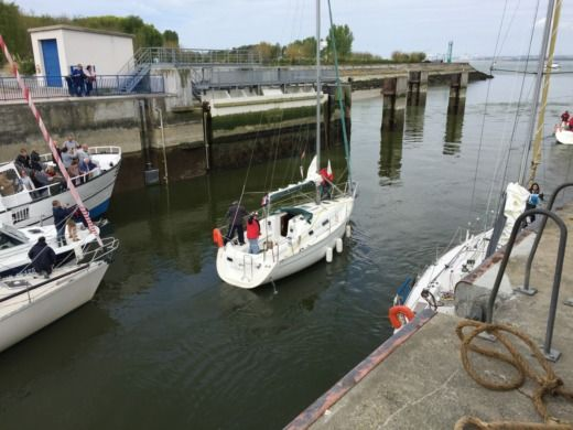 Beneteau Océanis 281 in Honfleur for hire