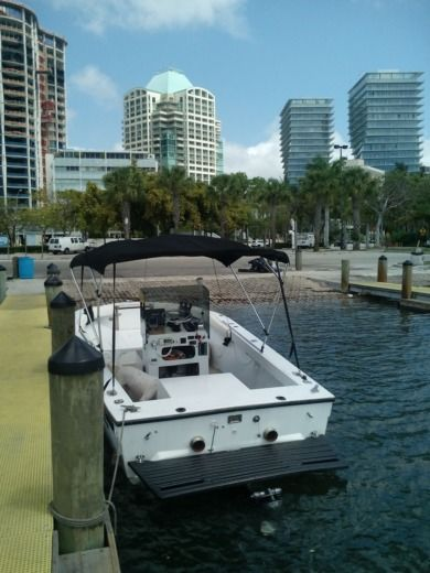 Speed Craft 24' in Miami for hire