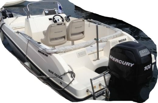 QUICKSILVER Open Activ 535 a Marseille da noleggiare