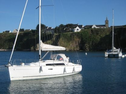 Rental Sailboat Beneteau Oceanis 31 Arzon