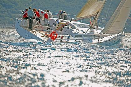 Rental Sailboat ELAN YACHT 450 PERFORMANCE Teulada