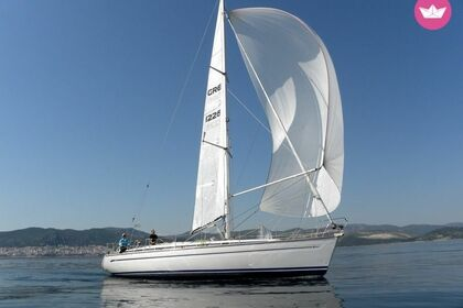 Hire Sailboat BAVARIA 44 Keramoti