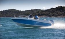 Hm 22 Sundeck in Trogir for hire