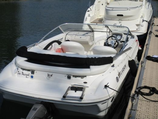 LARSON 180 Sport in Mandelieu-la-Napoule for hire