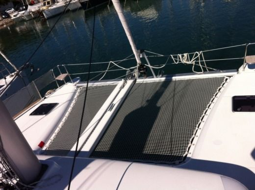 Catamaran Lagoon Lagoon 400 S2 for hire