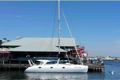 Hire Catamaran Schionning Cosmos 1250 Fremantle