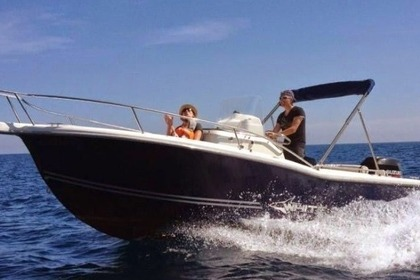 Rental Motorboat KELT WHITE SHARK 205 Nernier
