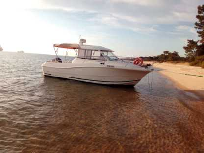 Rental Motorboat Jeanneau Merry Fisher 725 Setúbal
