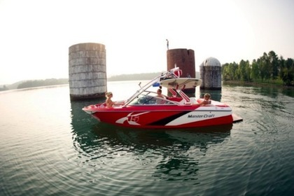 Hire Motorboat MASTERCRAFT X15 South Lake Tahoe