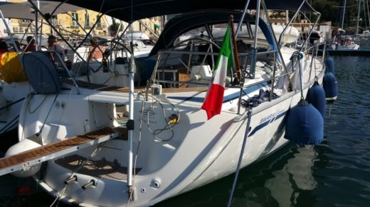 Bavaria 42 Cruise For Solo Women in Amalfi for rental