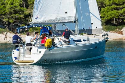 Hire Sailboat Elan Elan 344 Impression Vrsar