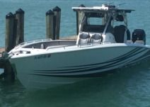 Motorboat Concept Boat Concept 36' for rental