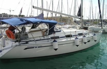Charter Sailboat Bavaria 33 Cruiser Trogir