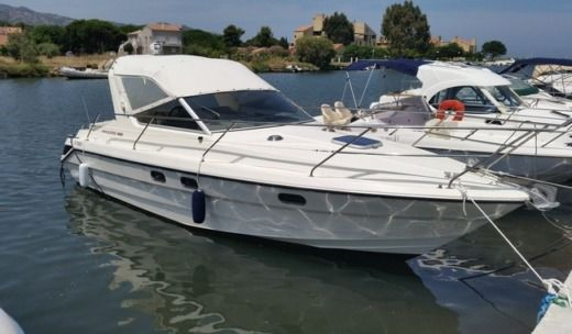 Motorboat Riviera Princess 266 for hire