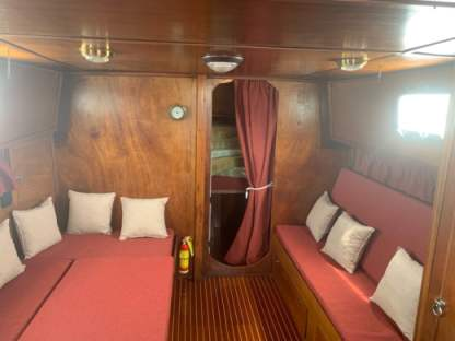Rental Motorboat Ardeleigh Lamimated Motorsailer Catania