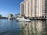 Sea Ray 410 Sundancer in Fort Lauderdale for rental