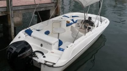 Charter Motorboat Sundeck 21 Ft Miami
