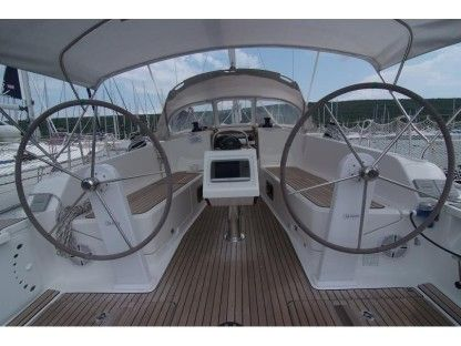 Charter Sailboat Bavaria Cruiser 41 Punat