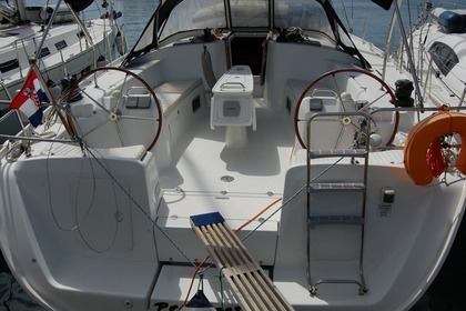 Rental Sailboat BENETEAU CYCLADES 50.5 Sukošan