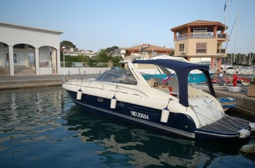 Motorboat AIRON MARINE AIRON 345 for hire