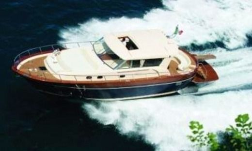 Motorboat Apreamare 54 for hire