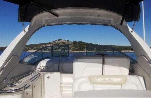 Sea Ray 335 Sundancer in Tribunj for hire