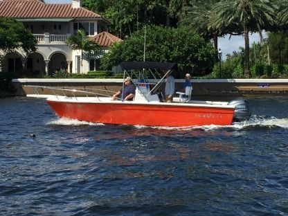 Rental Motorboat Robalo 2120 Fort Lauderdale