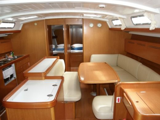 Sailboat Beneteau Cyclades 50.5 Orinoco for rental