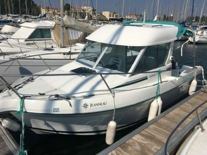 Rental Motorboat Jeanneau Merry Fisher Saint-Cyprien
