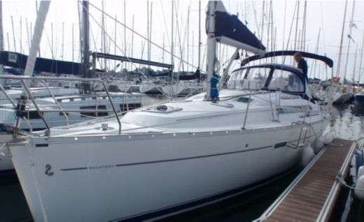 BENETEAU OCEANIS 343 in Brest peer-to-peer