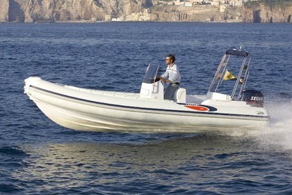 Hire RIB Italboats Gommone 680 Sorrento