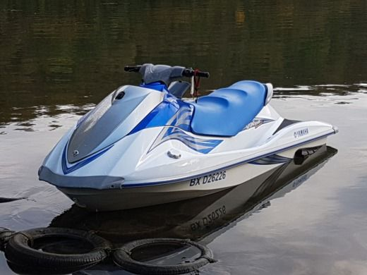 YAMAHA VX110 Deluxe in 54200 Villey-Saint-Étienne peer-to-peer